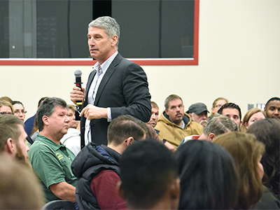dan_greenstein_town_hall_at_shippensburg_university